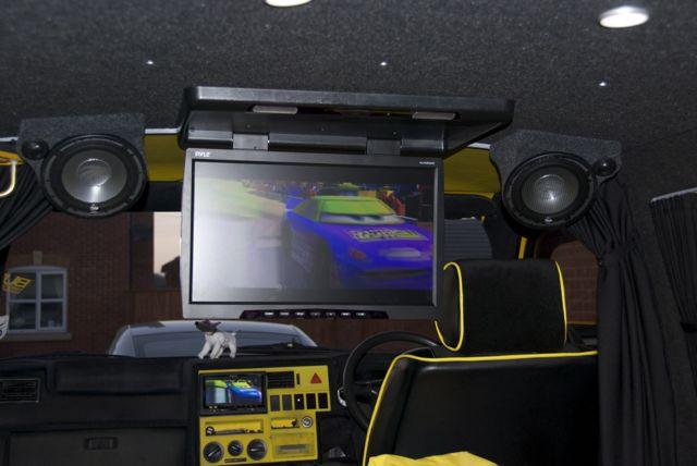 rear speaker pods vw t4 forum vw t5 forum. Black Bedroom Furniture Sets. Home Design Ideas